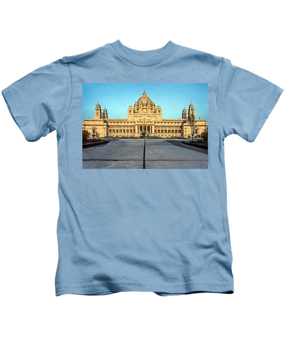 India Kids T-Shirt featuring the photograph Umaid Bhawan Palace by Steve Harrington