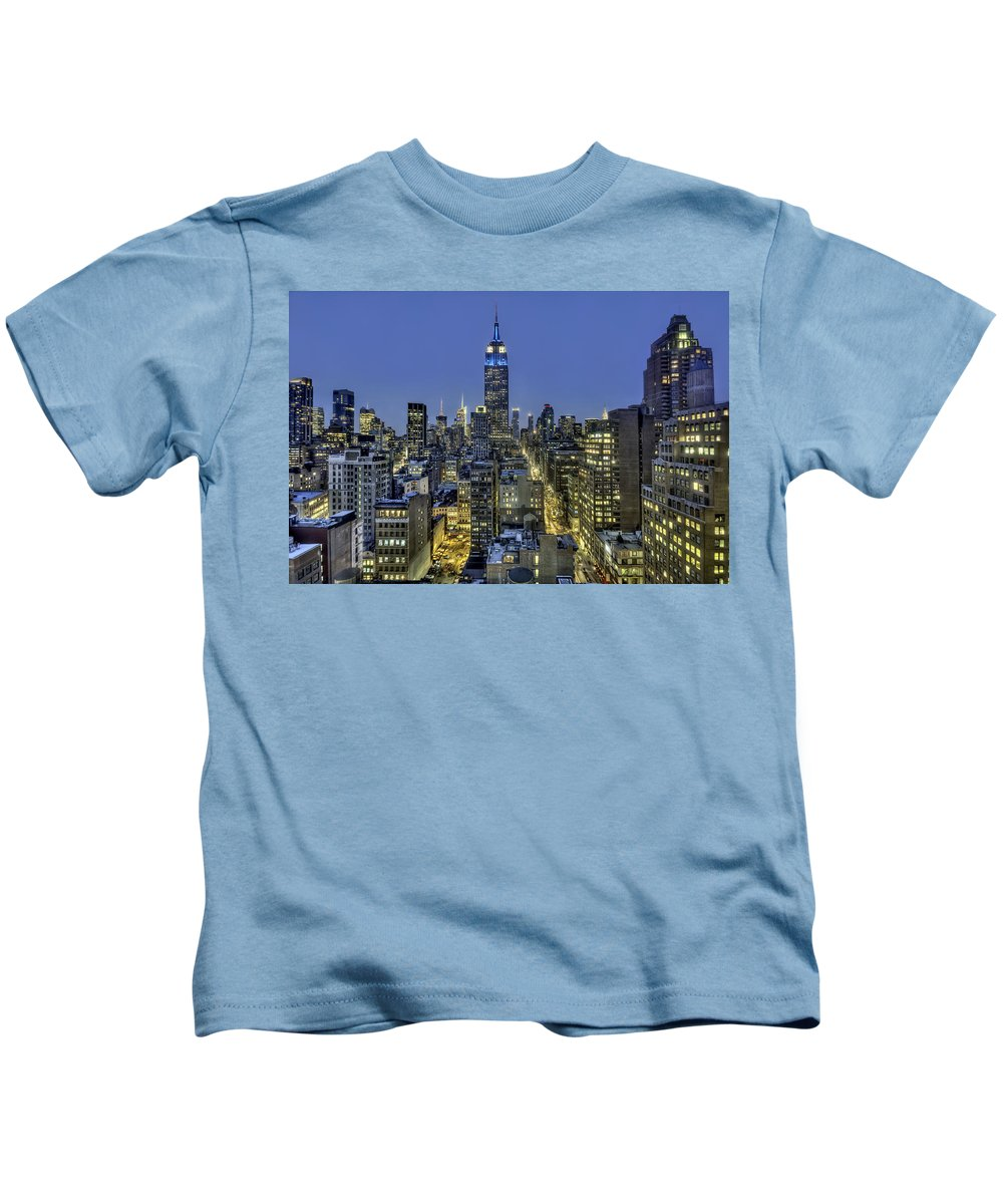 New York Kids T-Shirt featuring the photograph Upon A Restless Night by Evelina Kremsdorf