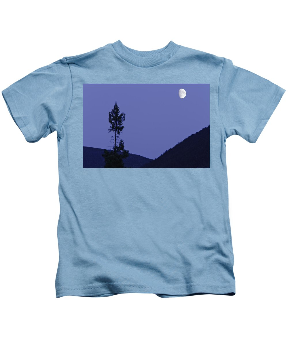 Color Kids T-Shirt featuring the photograph View Of Moon And Mountains, Gaspesie by Yves Marcoux