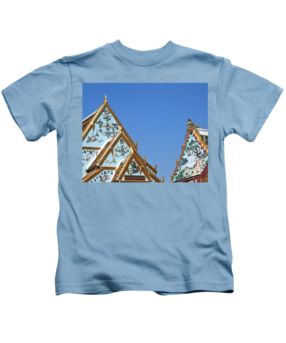 Bangkok Kids T-Shirt featuring the photograph Wat Chamni Hatthakan Gables Dthb934 by Gerry Gantt