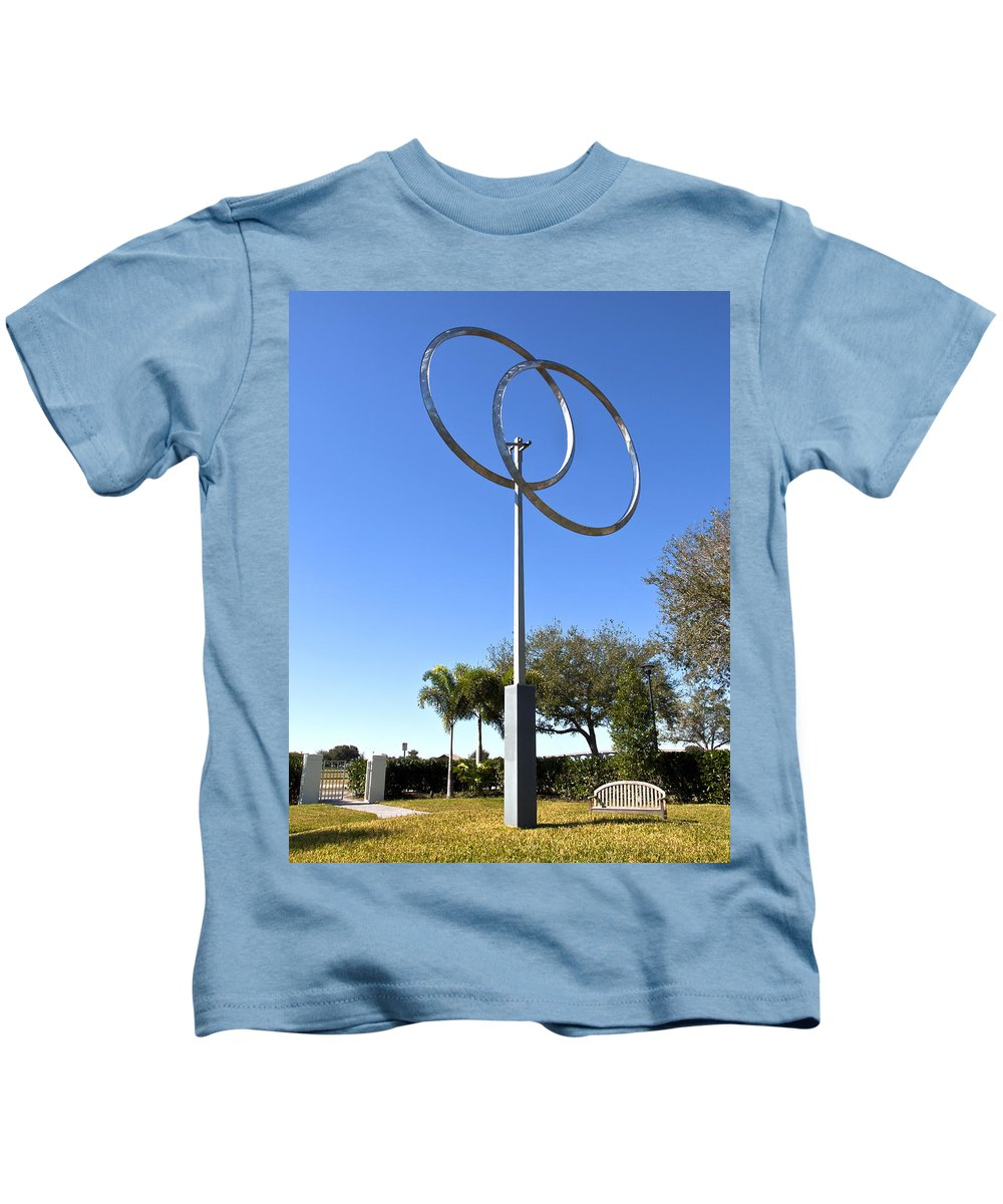 Annualar Kids T-Shirt featuring the photograph The Vero Beach Museum Of Art In East Central Florida by Allan Hughes