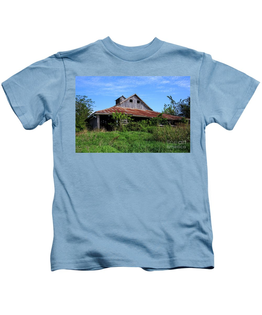 Barn Kids T-Shirt featuring the photograph Barn In The Blue Sky by Terri Morris