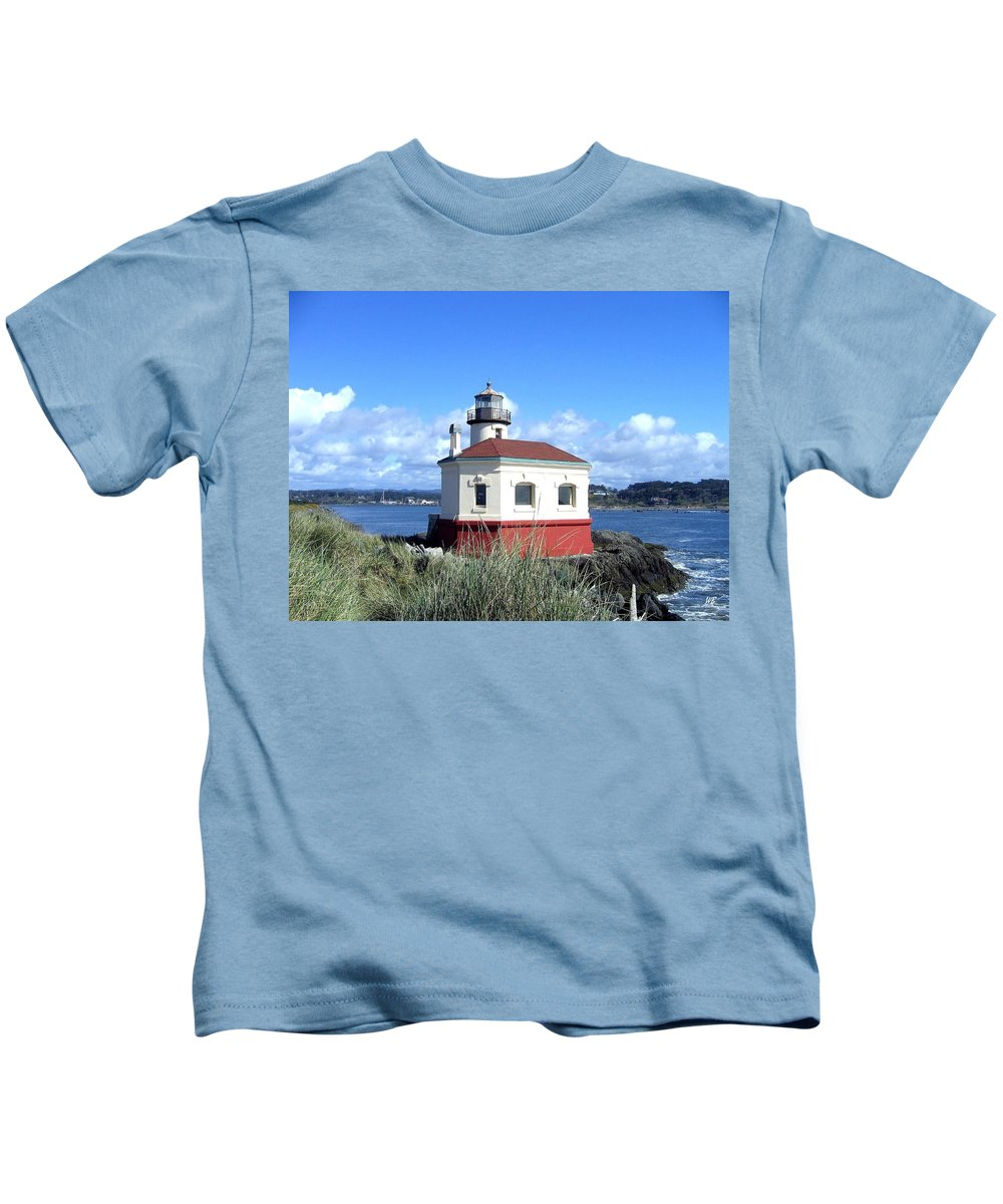 Coquille Lighthouse Kids T-Shirt featuring the photograph Bandon 1 by Will Borden