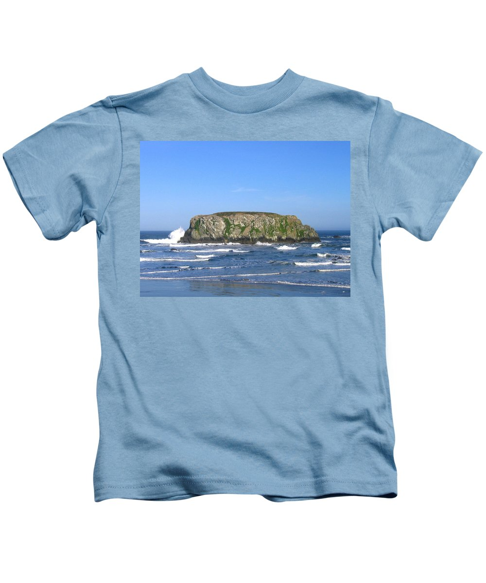 Table Rock Kids T-Shirt featuring the photograph Bandon 12 by Will Borden