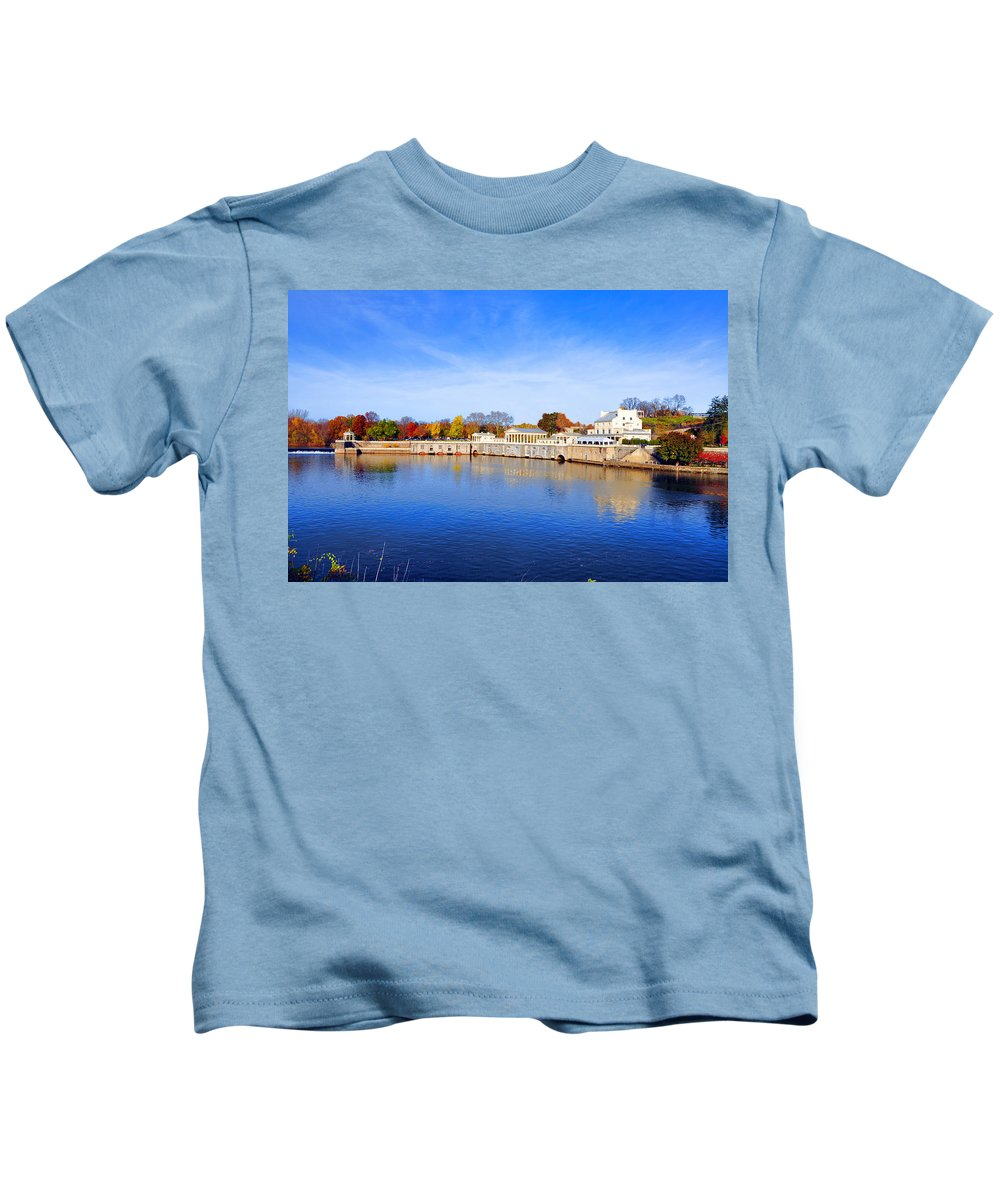 Fairmount Kids T-Shirt featuring the photograph Fairmount Water Works - Philadelphia by Bill Cannon