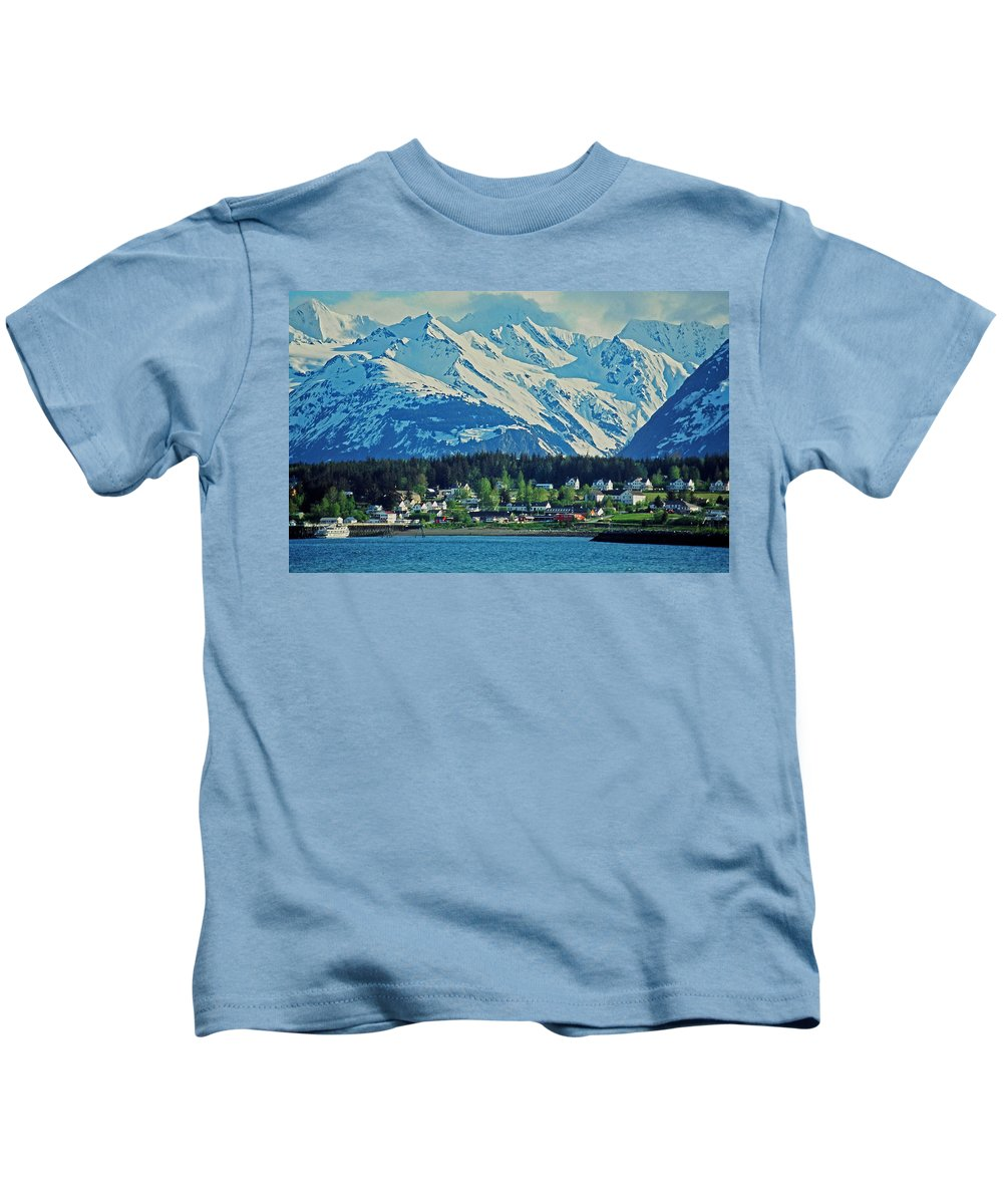 North Kids T-Shirt featuring the photograph Haines - Alaska by Juergen Weiss
