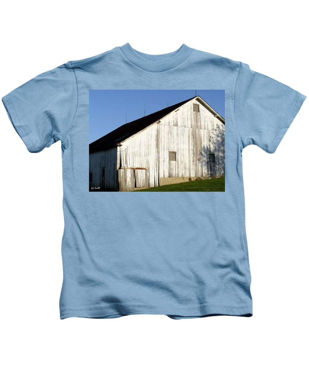 Lightning Rods Kids T-Shirt featuring the photograph Lightning Rods by Edward Smith