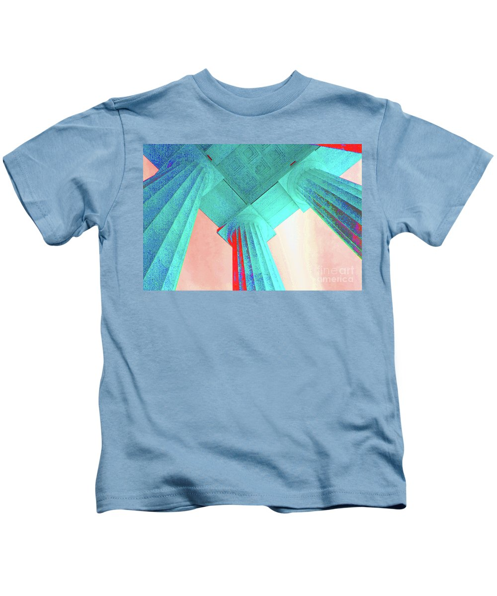 Lincoln Kids T-Shirt featuring the photograph Lincoln Column Blue by Jost Houk