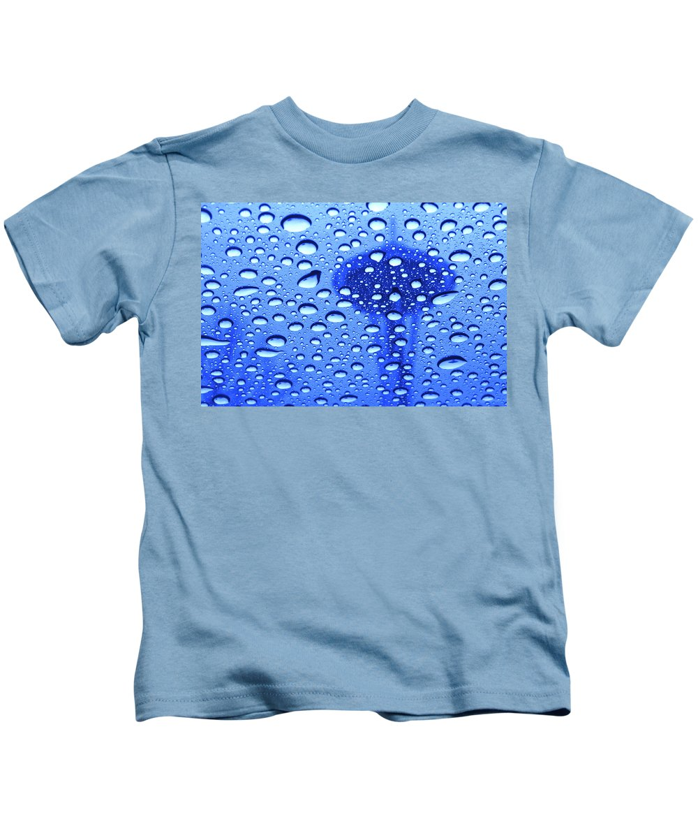 Seattle Kids T-Shirt featuring the photograph Needle In Rain Drops H006 by Yoshiki Nakamura