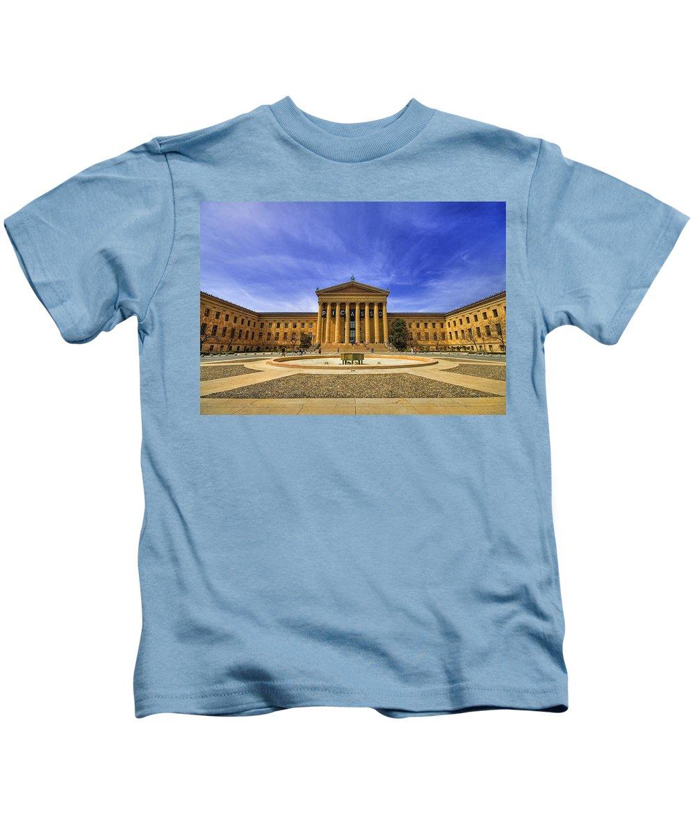 Architecture Kids T-Shirt featuring the photograph Philadelphia Art Museum by Evelina Kremsdorf