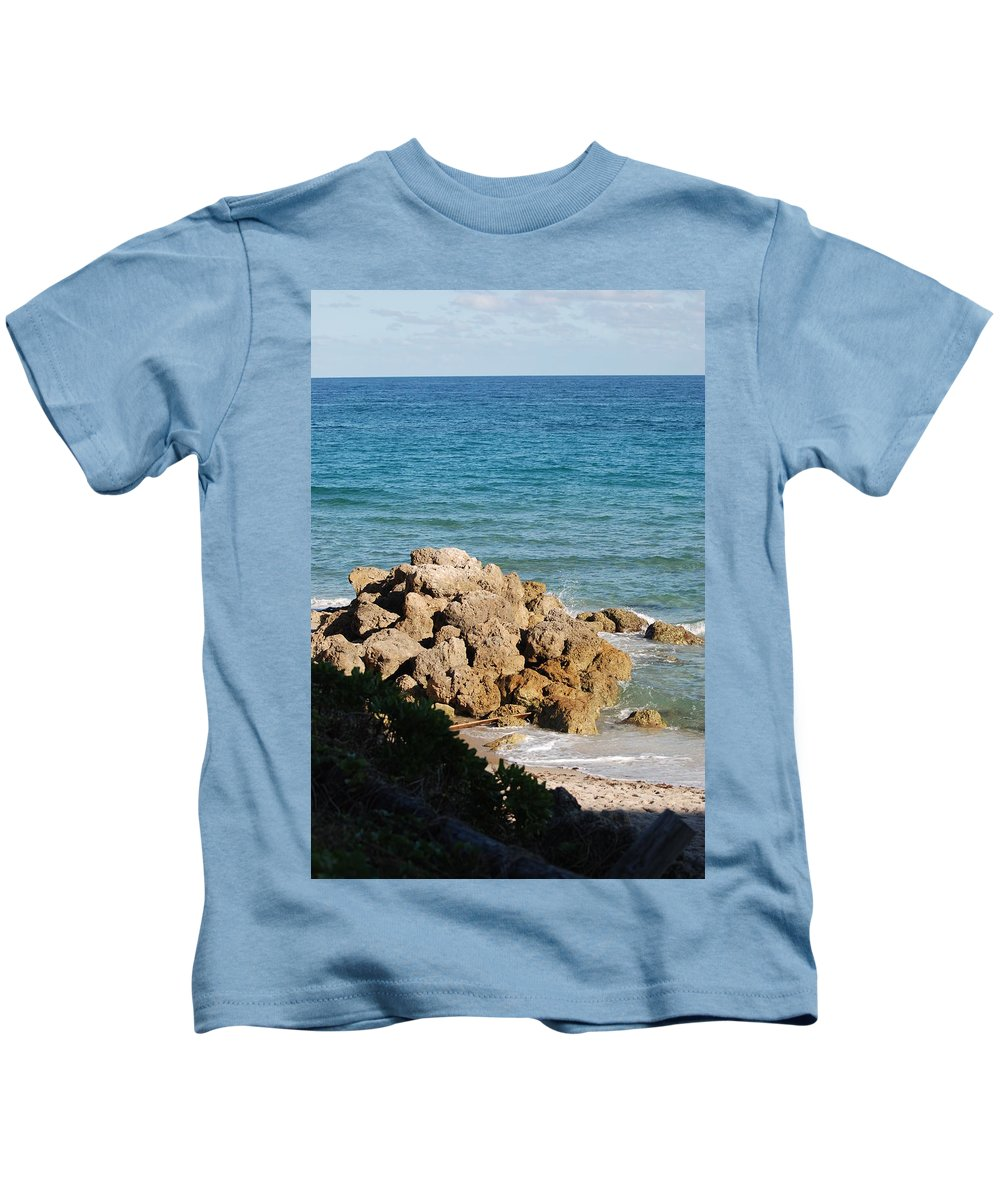 Sea Scape Kids T-Shirt featuring the photograph Rocky Shoreline by Rob Hans