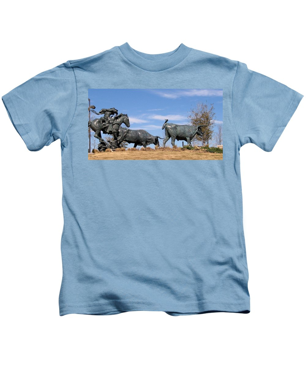 Bachus Cemetery Landmark Plano Tx Collin County Kids T-Shirt featuring the photograph Round Em Up by Amy Hosp
