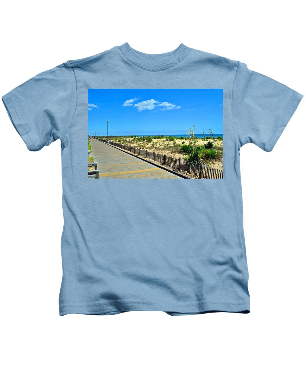 Rehoboth Kids T-Shirt featuring the photograph Sea Walk by Jost Houk