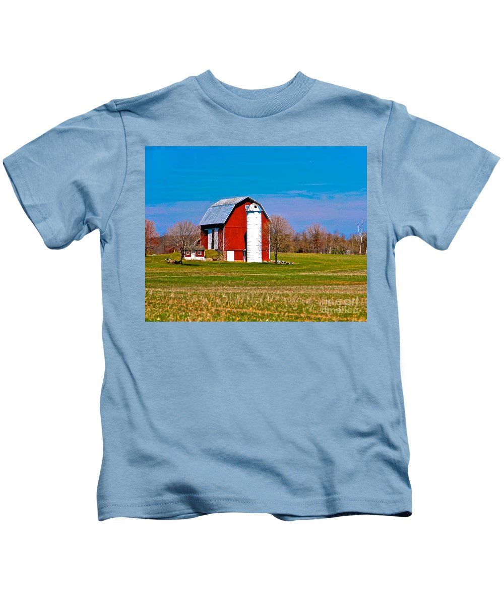 Barn Kids T-Shirt featuring the photograph Spring Time On The Farm by Robert Pearson