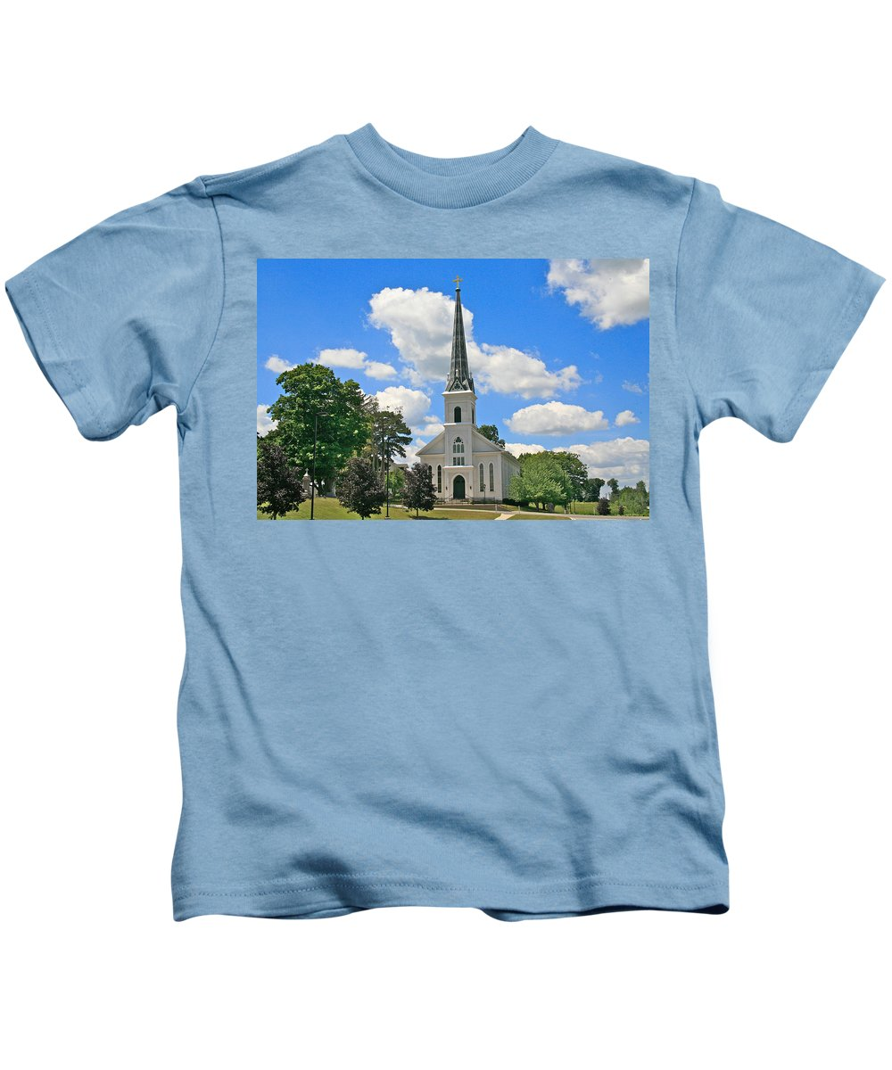 Usa Kids T-Shirt featuring the photograph The Little Country Church by Robert Pearson