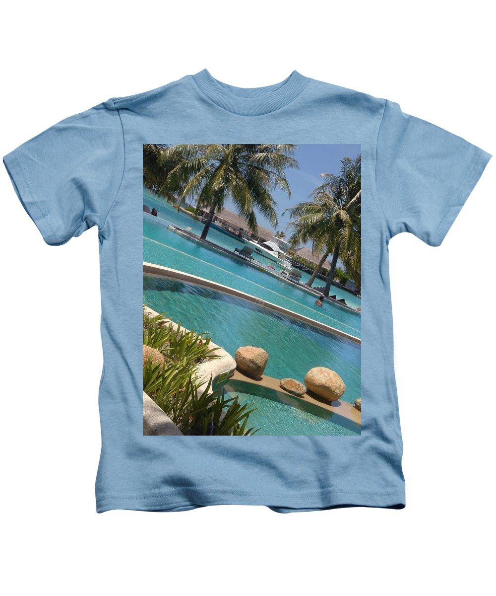 Ocean Photographs Kids T-Shirts