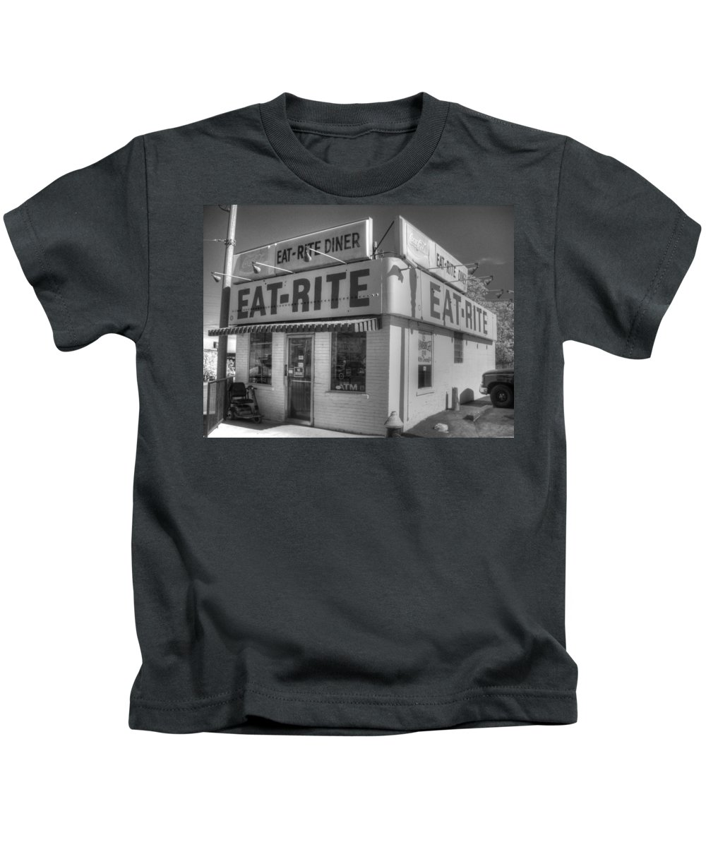 Eat Rite Kids T-Shirt featuring the photograph Eat Rite Diner Route 66 by Jane Linders