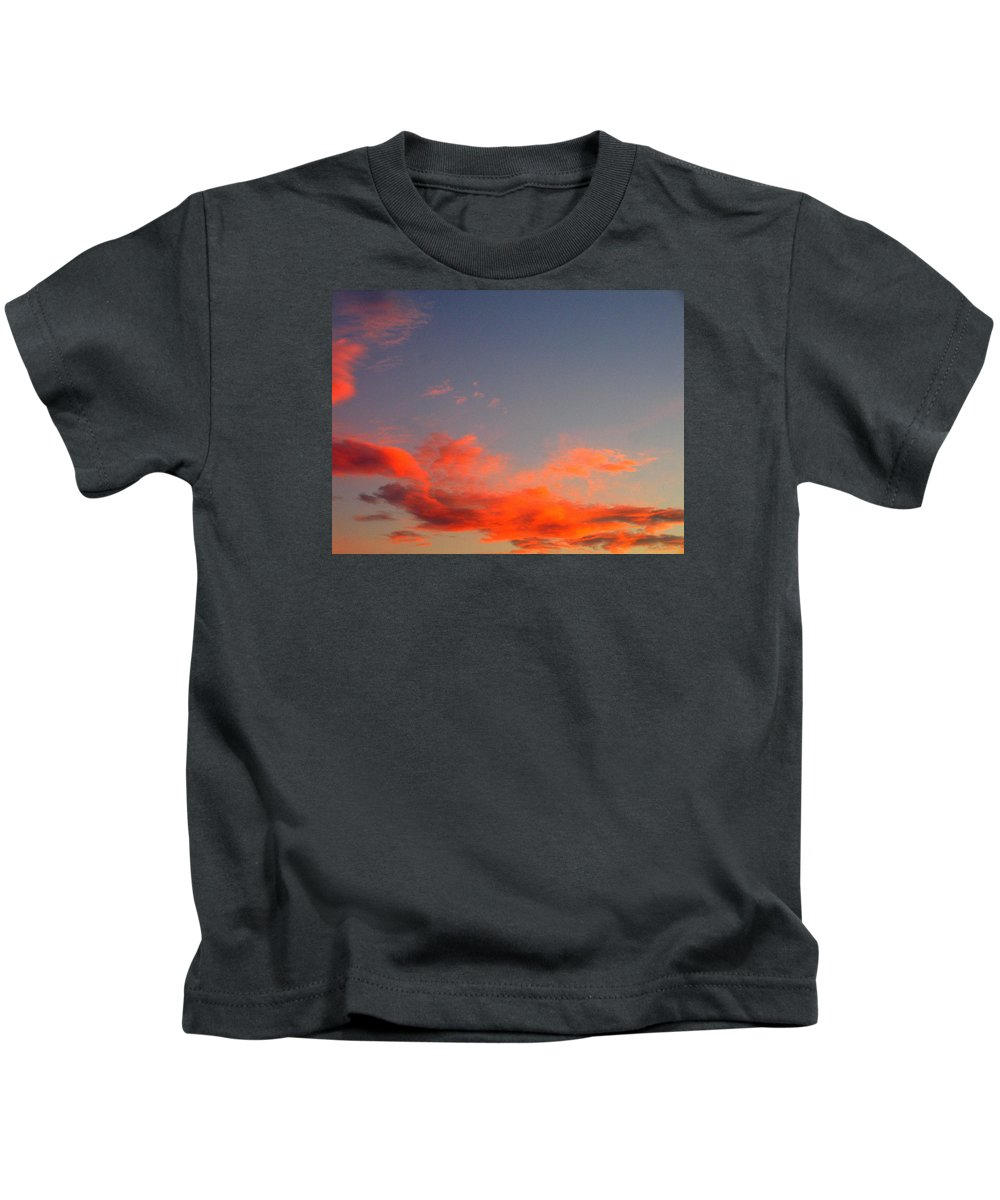 Film Noir Homage Slightly Scarlett John Alton Rko 1956 Reddish Clouds Dusk Casa Grande 2005 Kids T-Shirt featuring the photograph Film Noir Homage Slightly Scarlett John Alton Rko 1956 Reddish Clouds Dusk Casa Grande 2005 by David Lee Guss