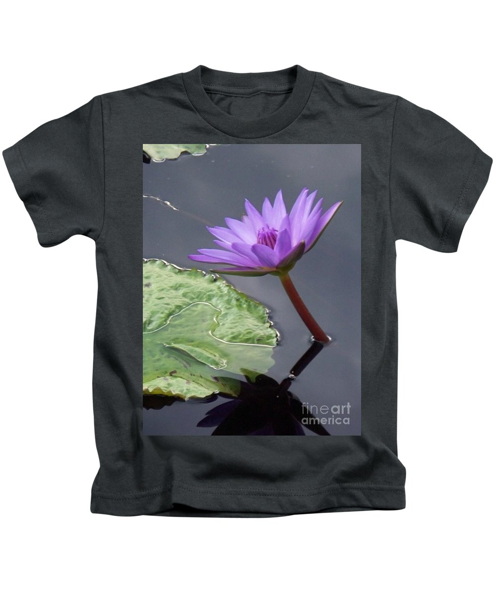 Lavender Lily Kids T-Shirt featuring the photograph Lily by Eric Schiabor