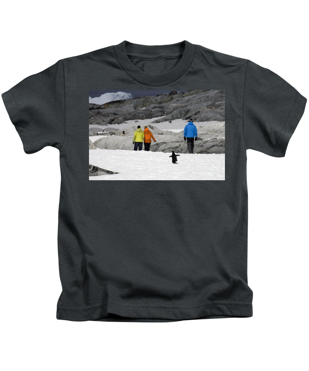 Tourist Kids T-Shirt featuring the photograph 111130p153 by Arterra Picture Library