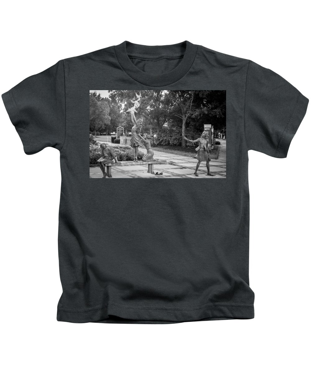16th Street Baptist Church Kids T-Shirt featuring the photograph Four Little Girls by Tracy Brock