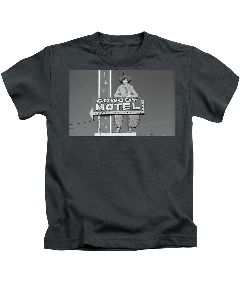 66 Kids T-Shirt featuring the photograph Route 66 - Cowboy Motel by Frank Romeo