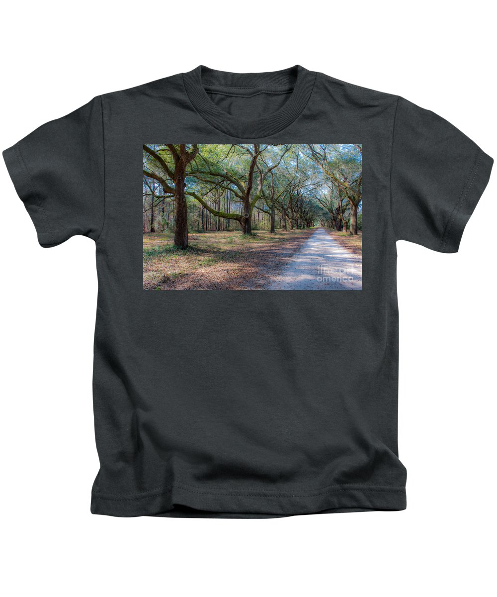 Allee Kids T-Shirt featuring the photograph Allee Of Oaks by Dale Powell