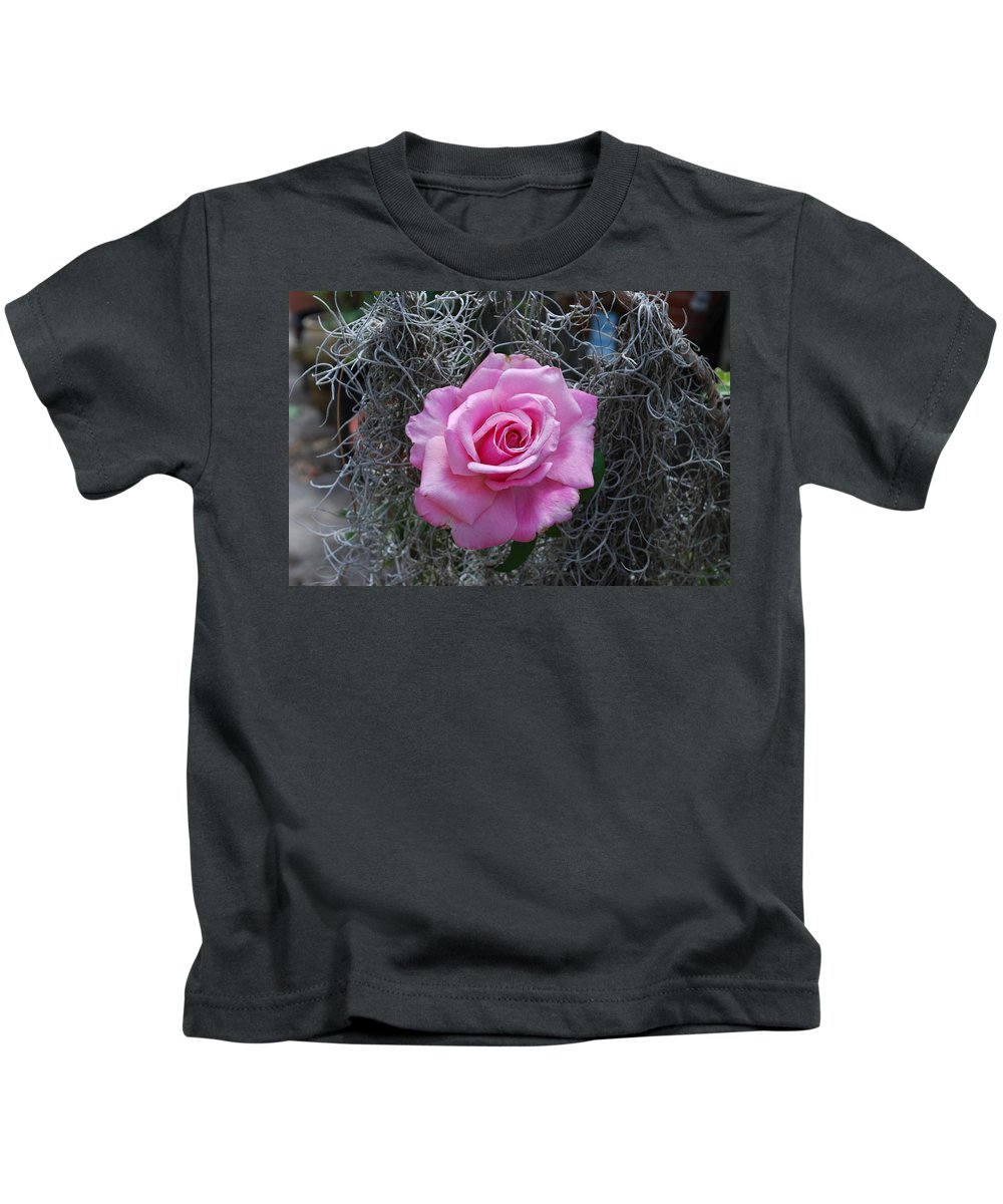 Spanish Moss Background Kids T-Shirt featuring the photograph Rose by Robert Floyd