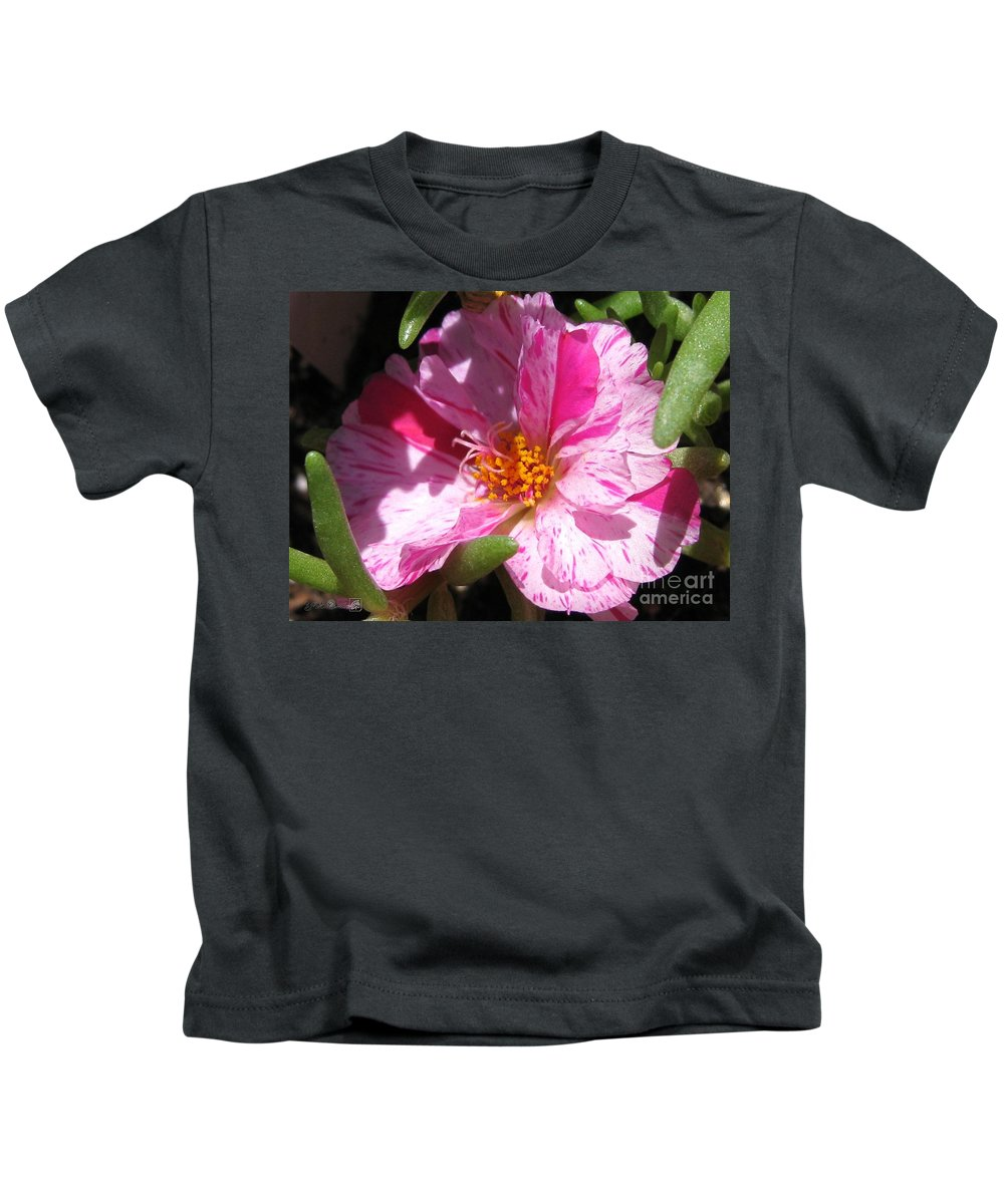 Mccombie Kids T-Shirt featuring the photograph Portulaca Named Sundial Peppermint by J McCombie