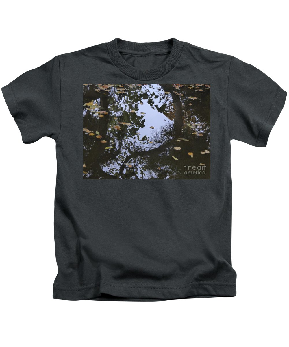 Kids T-Shirt featuring the photograph A Place To Dream Of by Nili Tochner