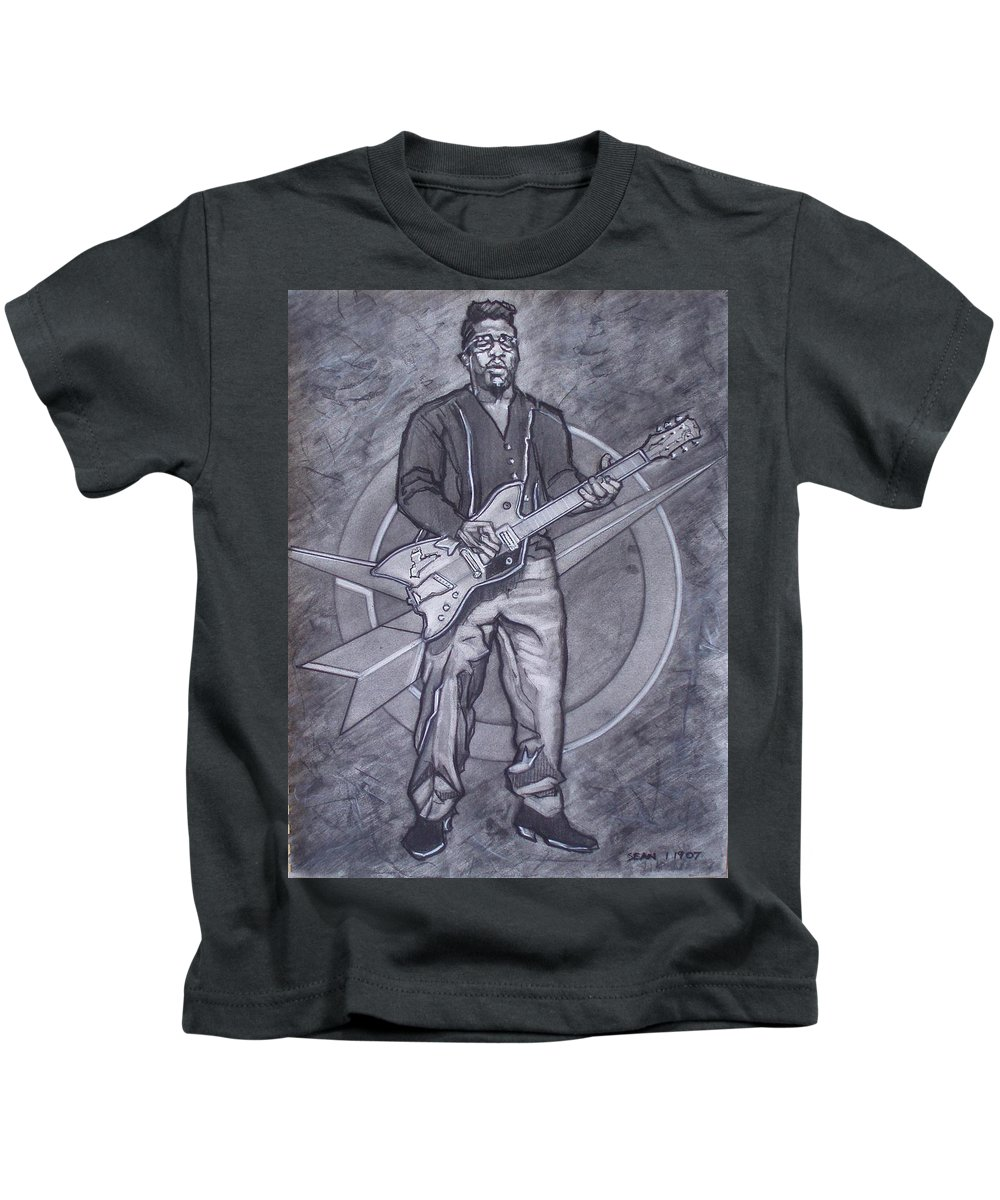 Texas;charcoal;king Of Rock;rock And Roll;music;1950s;blues;musician;funk;electric Guitar;marble;soul Kids T-Shirt featuring the drawing Bo Diddley - Have Guitar Will Travel by Sean Connolly