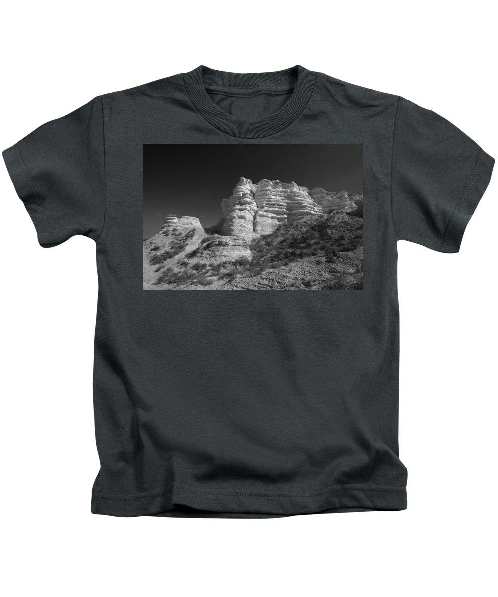 Kansas Kids T-Shirt featuring the photograph Castle Rock by Garry McMichael