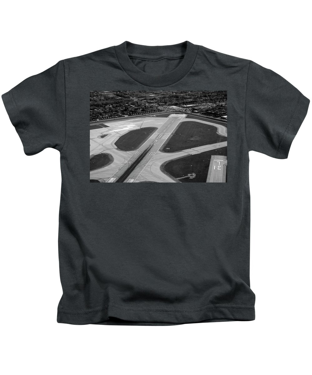 Midway Airport Kids T-Shirt featuring the photograph Chicago Airplanes 04 Black And White by Thomas Woolworth