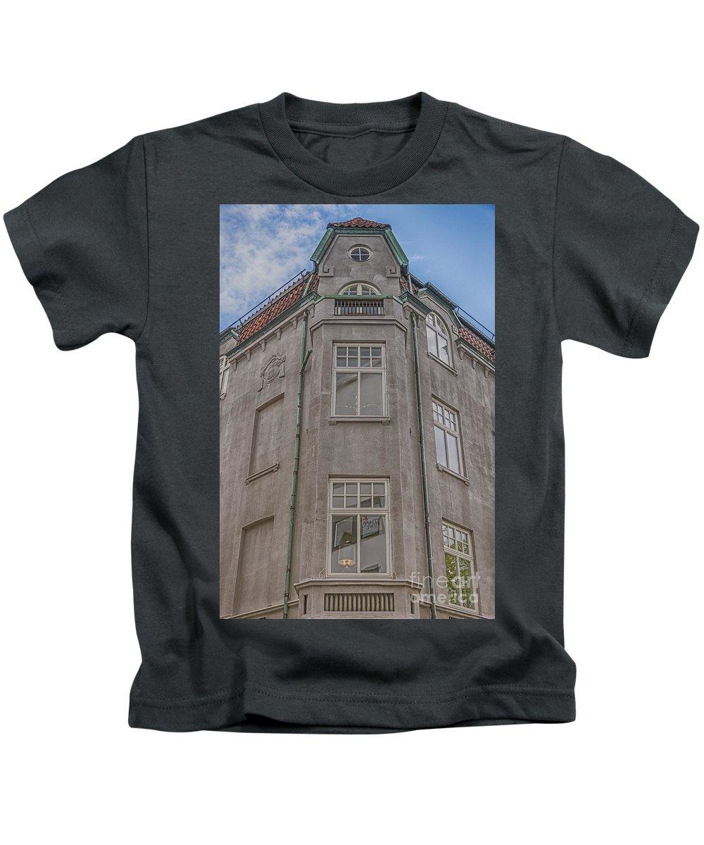 Helsingborg Kids T-Shirt featuring the photograph Corner Building Helsingborg 02 by Antony McAulay