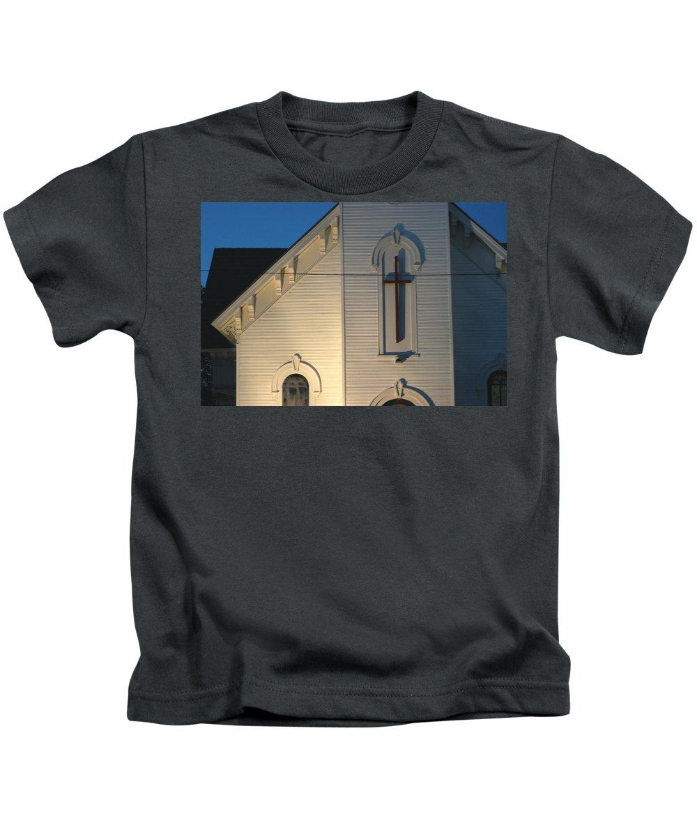 Church Kids T-Shirt featuring the photograph Cris-cross by Joseph Yarbrough