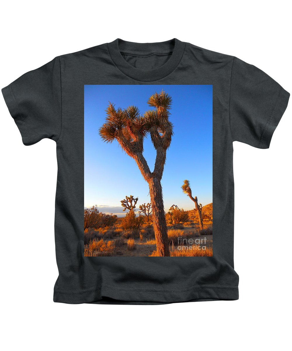Joshua Kids T-Shirt featuring the photograph Desert Poet by Gem S Visionary