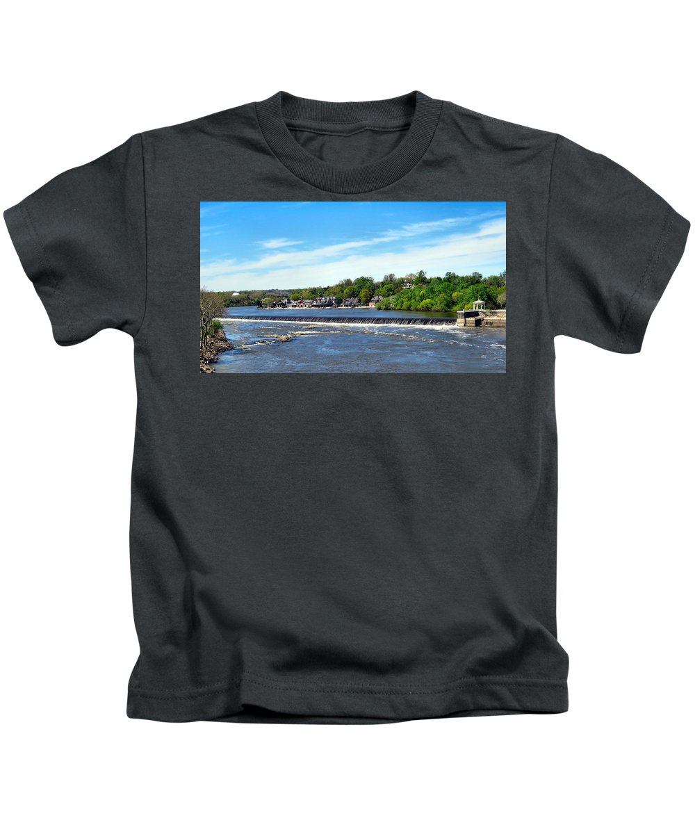 Span Kids T-Shirt featuring the photograph Distant Falls by Art Dingo