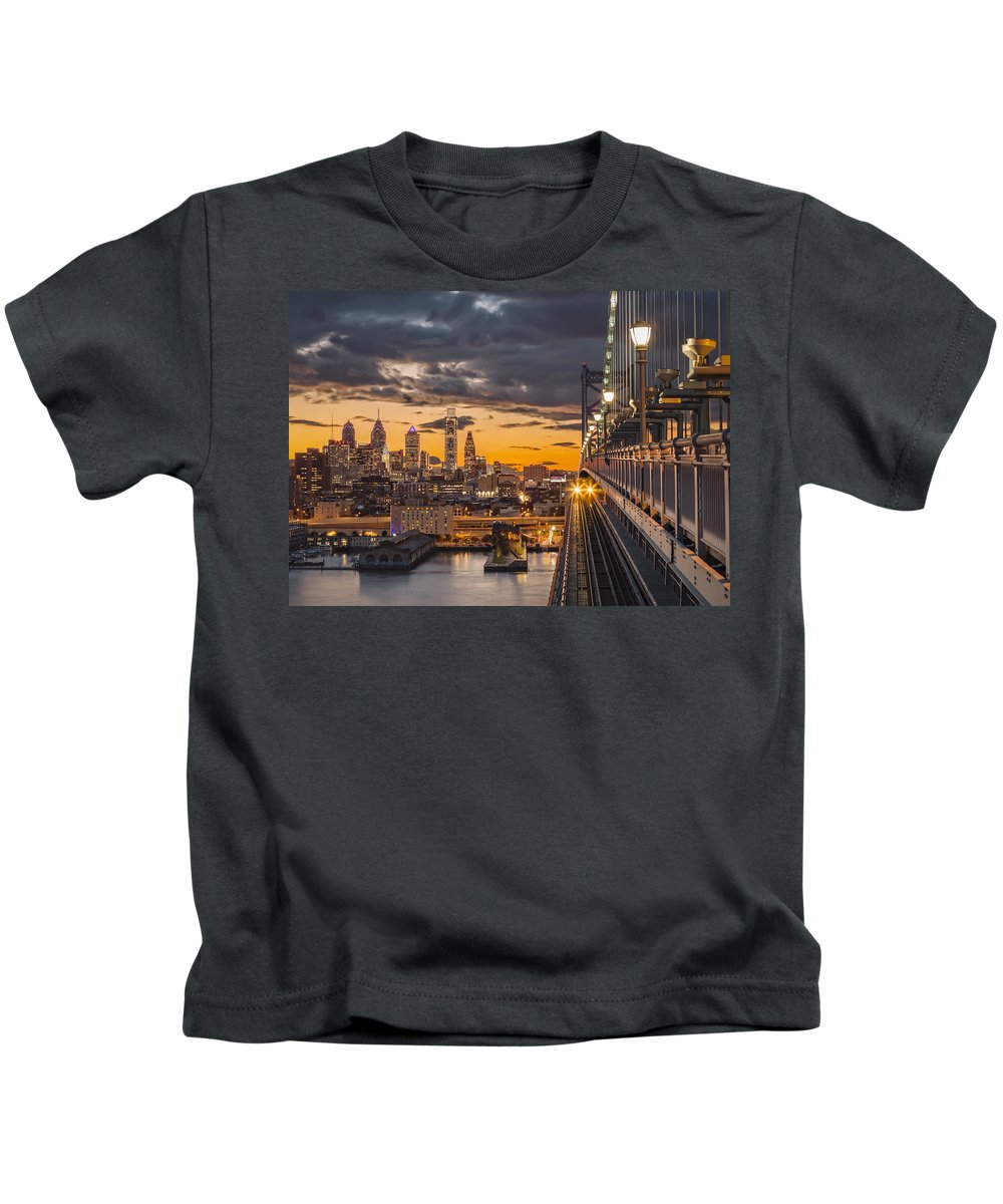America Kids T-Shirt featuring the photograph Eastbound Encounter by Eduard Moldoveanu