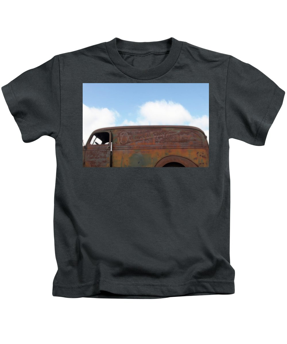Photo Frames Kids T-Shirt featuring the photograph General Sherman Whiskey by CE Haynes
