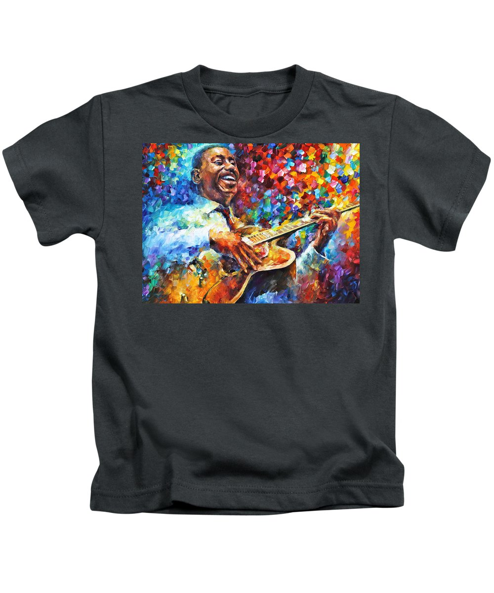 George Benson Kids T-Shirt featuring the painting Wes Montgomery by Leonid Afremov