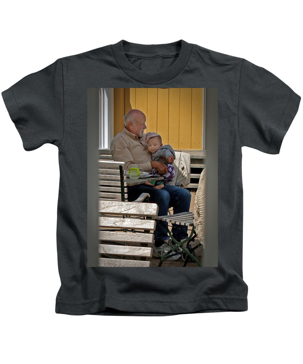 Goteberg Kids T-Shirt featuring the photograph Goteberg Se Goben Slott 33 by Jeff Brunton