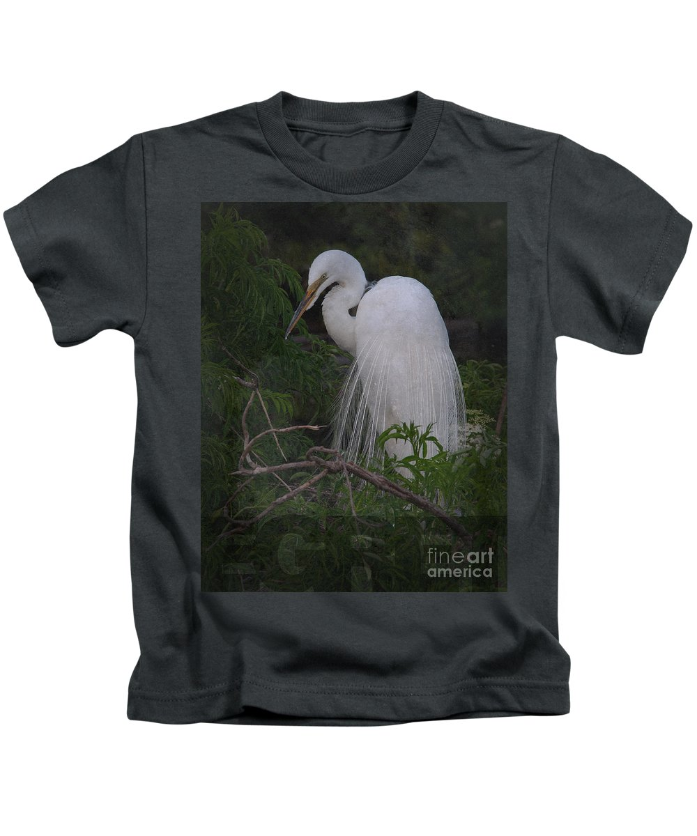 Egret Kids T-Shirt featuring the photograph Great Egret by Art Whitton
