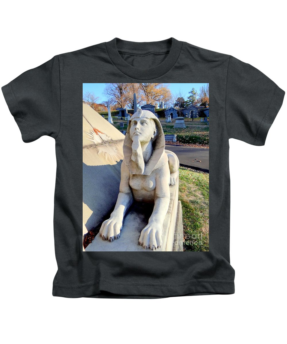 Statue Kids T-Shirt featuring the photograph Guarding The Pyramid by Ed Weidman