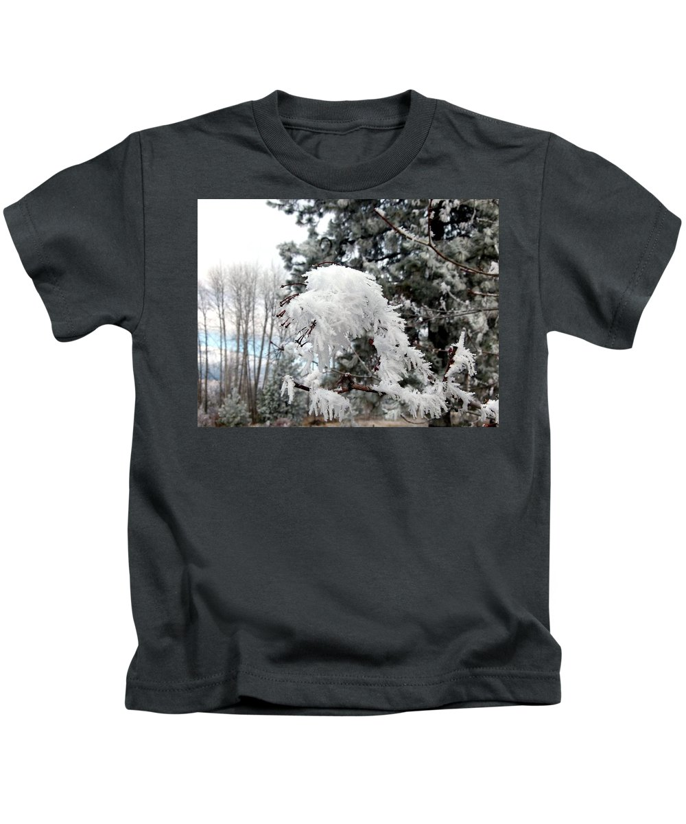 Hoarfrost 19 Kids T-Shirt featuring the photograph Hoarfrost 19 by Will Borden