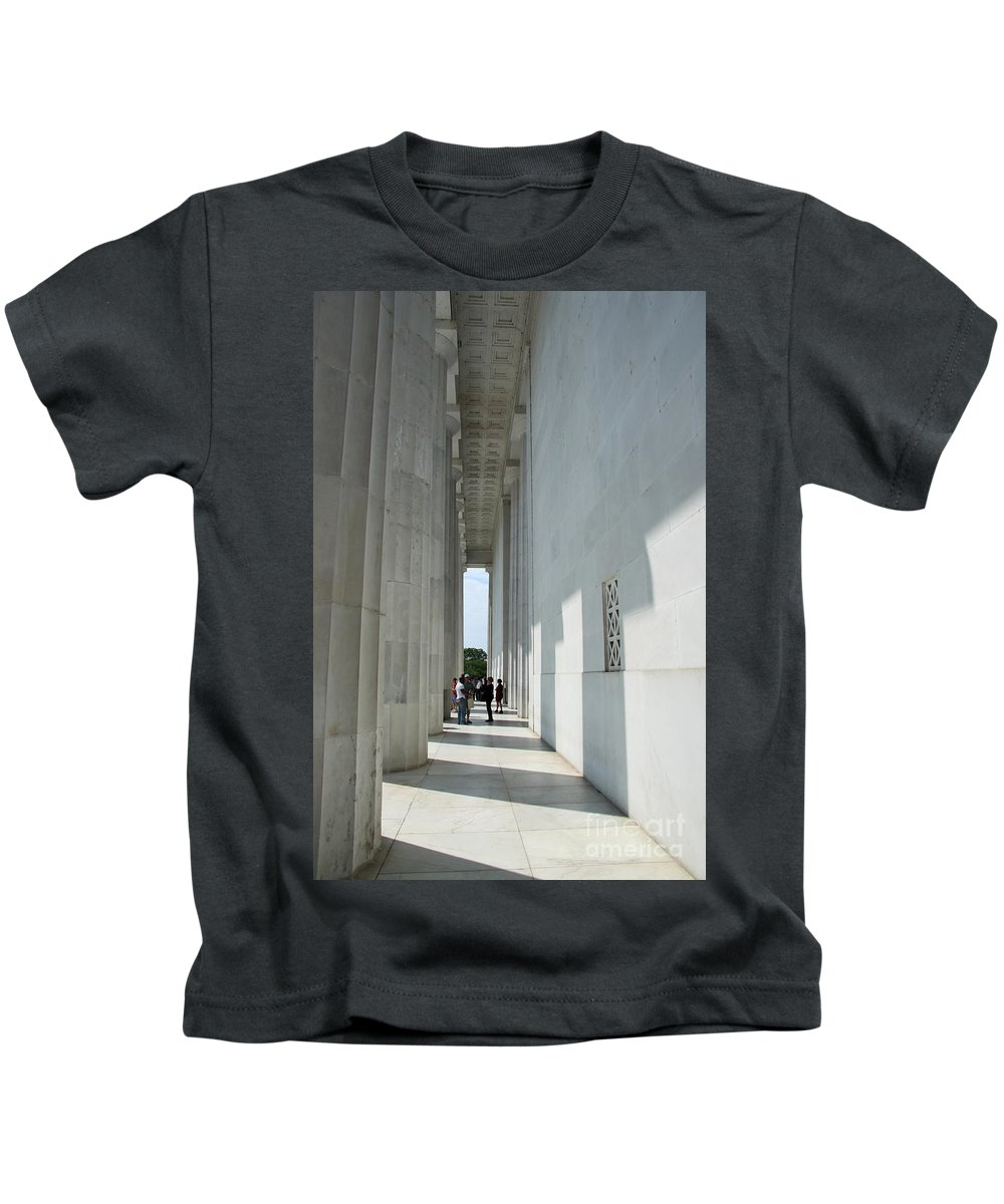 Lincoln Memorial Kids T-Shirt featuring the photograph Lincoln Memorial Columns by Christiane Schulze Art And Photography