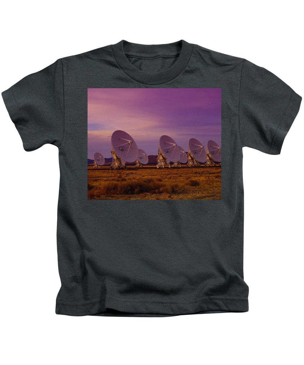 Very Large Array Kids T-Shirt featuring the photograph Looking Outward by Jeff Swan