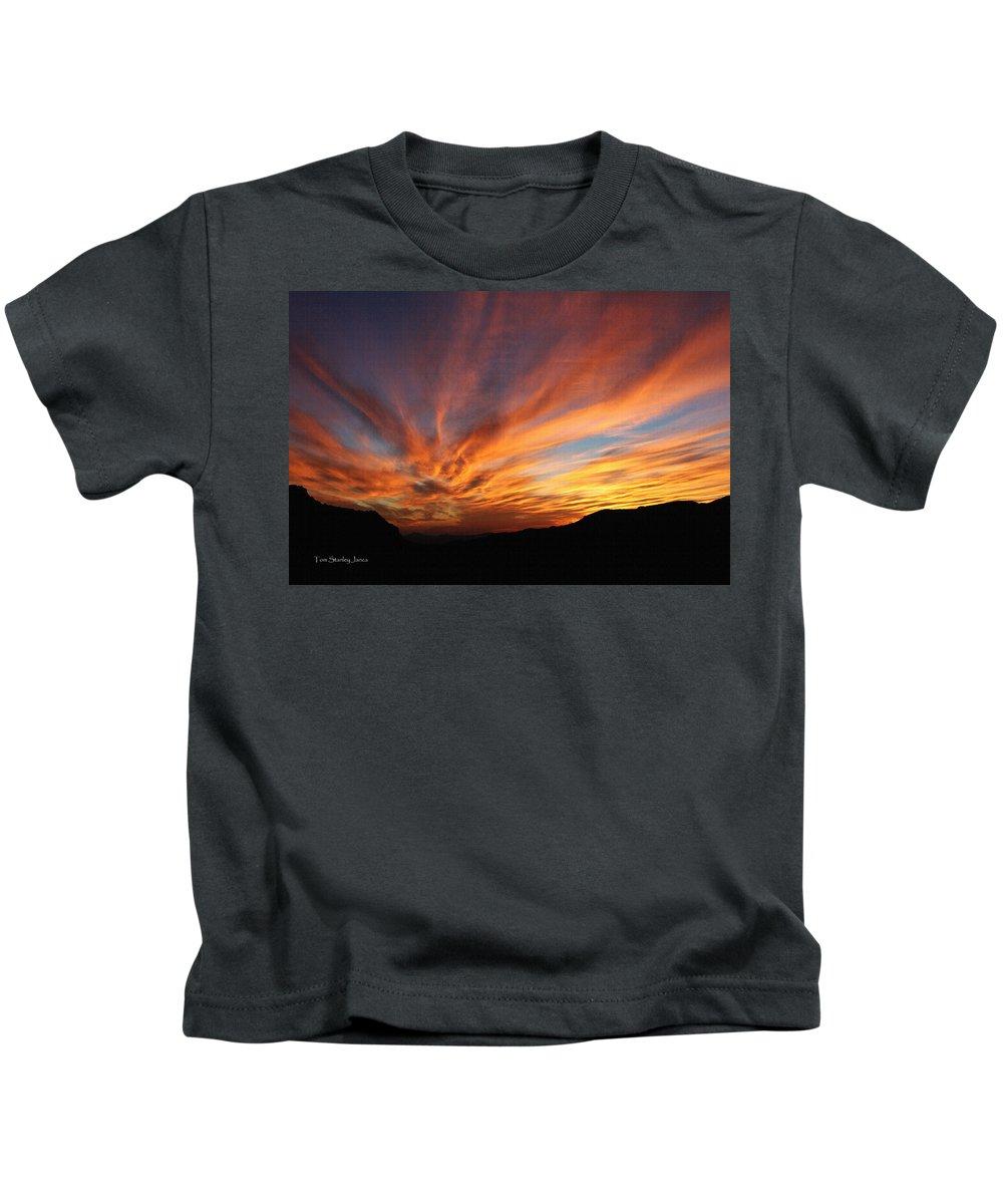 Mt Ord Sunset Arizona Kids T-Shirt featuring the photograph Mt Ord Sunset Arizona by Tom Janca
