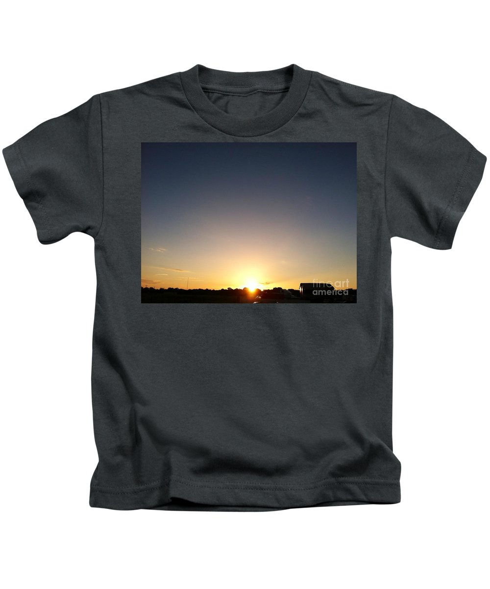 Landscape Kids T-Shirt featuring the photograph New Day Of Hope by Melissa Darnell Glowacki