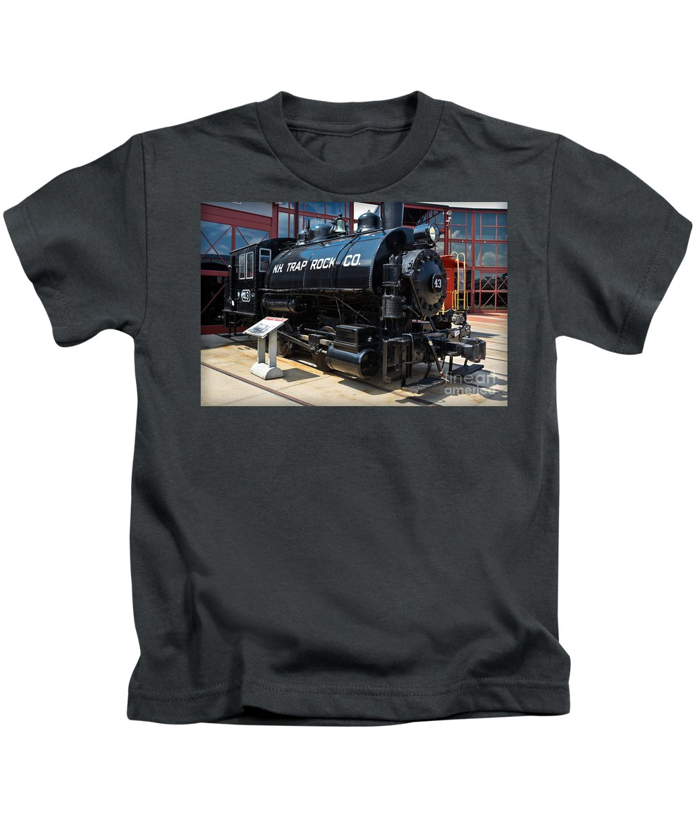 Train Kids T-Shirt featuring the photograph N.h. Trap Rock Co. 43 by Gary Keesler