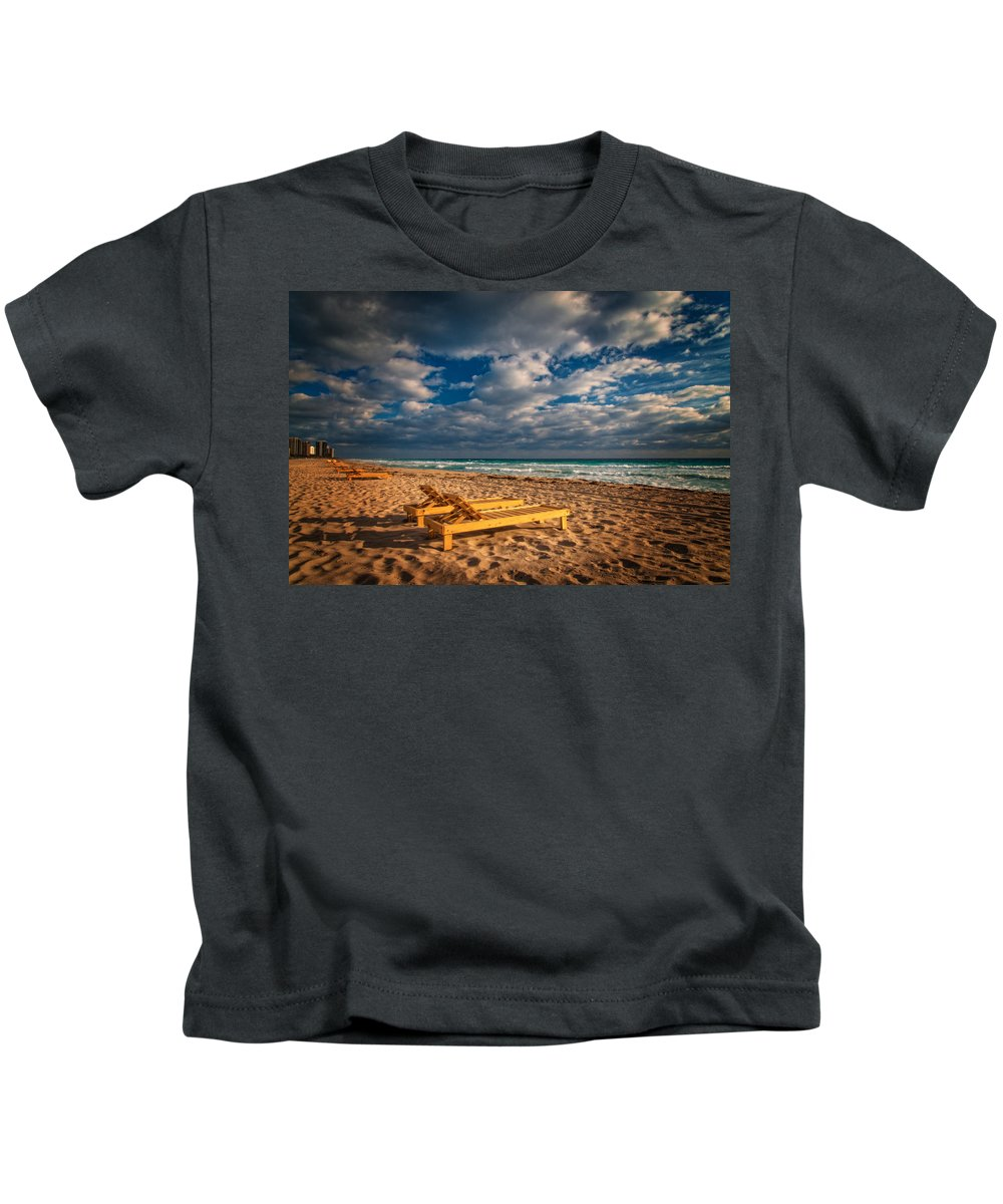 Atlantic Kids T-Shirt featuring the photograph On Golden Sands by Lynn Bauer
